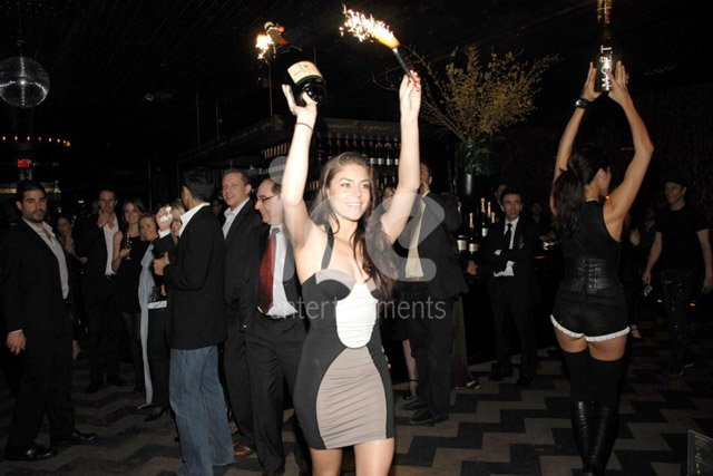 how to become a bottle service girl